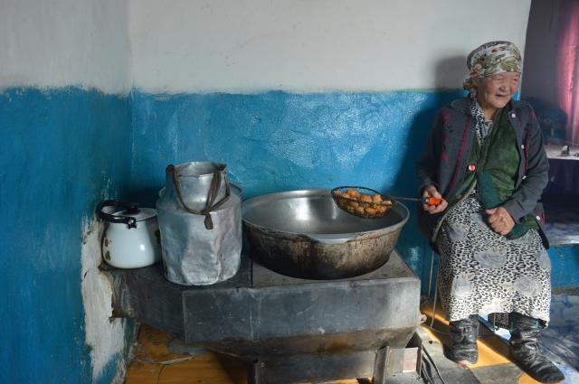 Apa cooks the Borsak